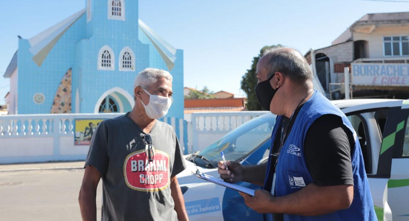 Moradores de Ponta Negra são cadastrados para fornecimento de água